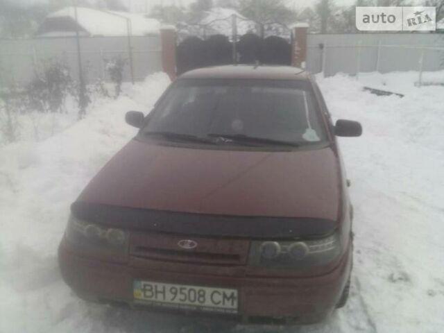 Красный ВАЗ 2110, объемом двигателя 1.5 л и пробегом 321 тыс. км за 2100 $, фото 1 на Automoto.ua