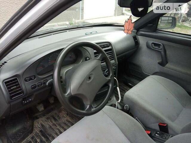 Сірий ВАЗ 2110, об'ємом двигуна 1.6 л та пробігом 170 тис. км за 3000 $, фото 1 на Automoto.ua