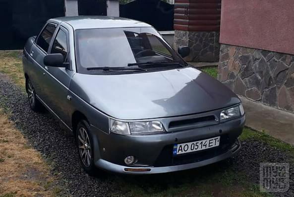 Серый ВАЗ 2110, объемом двигателя 1.6 л и пробегом 220 тыс. км за 2750 $, фото 1 на Automoto.ua