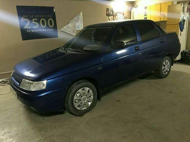 Синий ВАЗ 2110, объемом двигателя 1.6 л и пробегом 200 тыс. км за 2650 $, фото 1 на Automoto.ua