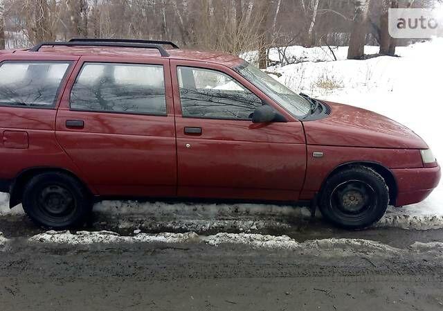 Вишнёвый ВАЗ 2111, объемом двигателя 1.5 л и пробегом 200 тыс. км за 2100 $, фото 1 на Automoto.ua