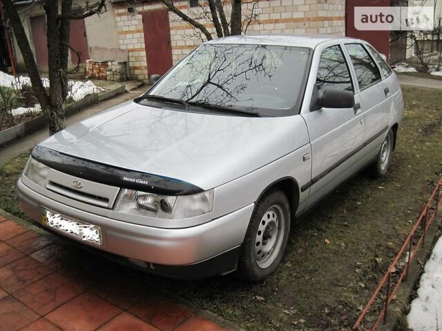 Срібний ВАЗ 2112, об'ємом двигуна 1.6 л та пробігом 160 тис. км за 3300 $, фото 1 на Automoto.ua