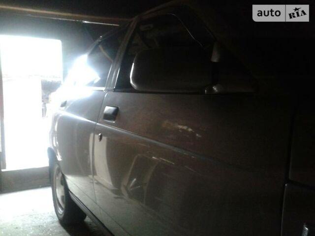 Срібний ВАЗ 2112, об'ємом двигуна 1.6 л та пробігом 154 тис. км за 3550 $, фото 1 на Automoto.ua