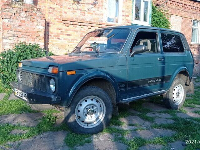 Зеленый ВАЗ 2121, объемом двигателя 1.6 л и пробегом 100 тыс. км за 2100 $, фото 1 на Automoto.ua
