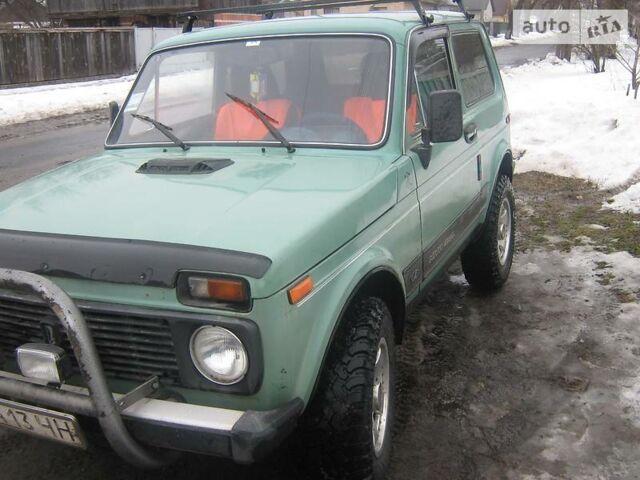 Зелений ВАЗ 2121, об'ємом двигуна 1 л та пробігом 88 тис. км за 2500 $, фото 1 на Automoto.ua