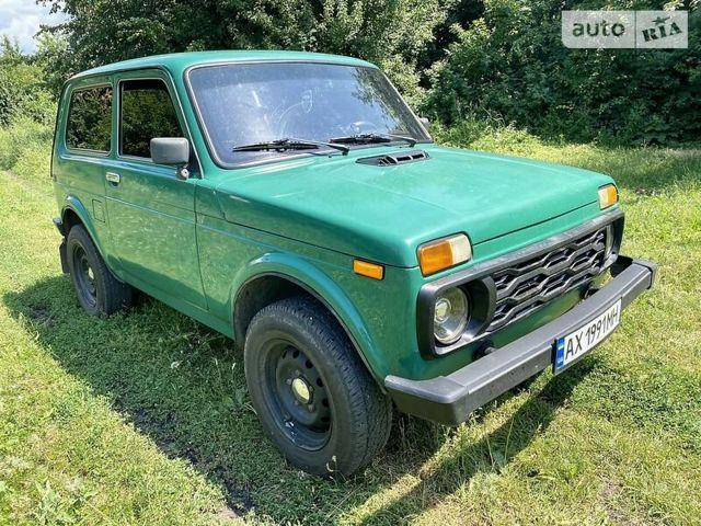 Зеленый ВАЗ 21214, объемом двигателя 1.7 л и пробегом 70 тыс. км за 4200 $, фото 1 на Automoto.ua