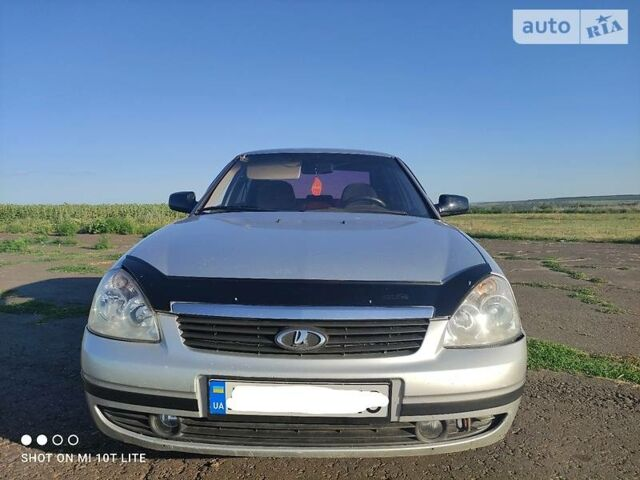 Серый ВАЗ 2170, объемом двигателя 1.6 л и пробегом 190 тыс. км за 3100 $, фото 1 на Automoto.ua