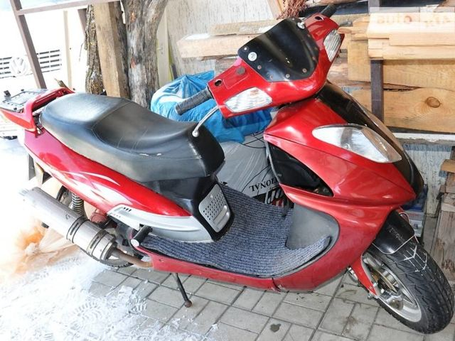 Красный Вайпер 150, объемом двигателя 0.15 л и пробегом 13 тыс. км за 500 $, фото 1 на Automoto.ua