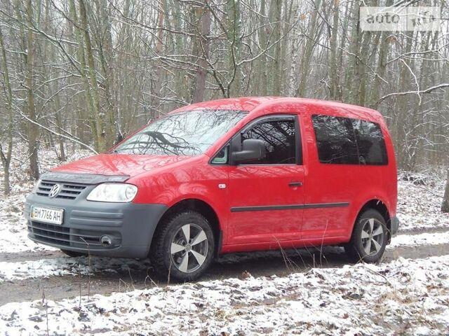 Красный Фольксваген Кадди пасс., объемом двигателя 2 л и пробегом 191 тыс. км за 7300 $, фото 1 на Automoto.ua