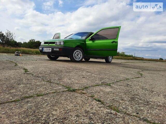 Зеленый Фольксваген Гольф, объемом двигателя 1.8 л и пробегом 180 тыс. км за 2300 $, фото 1 на Automoto.ua
