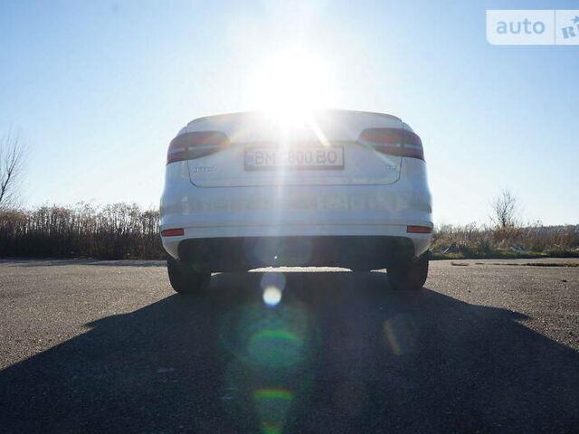 Белый Фольксваген Джетта, объемом двигателя 1.8 л и пробегом 57 тыс. км за 13300 $, фото 1 на Automoto.ua