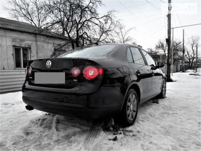 Черный Фольксваген Джетта, объемом двигателя 2.5 л и пробегом 87 тыс. км за 6500 $, фото 1 на Automoto.ua