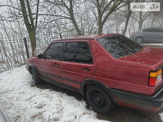 Красный Фольксваген Джетта, объемом двигателя 1.6 л и пробегом 370 тыс. км за 2500 $, фото 1 на Automoto.ua