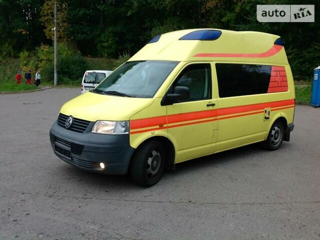 Желтый Фольксваген Т5 (Транспортер) груз., объемом двигателя 0 л и пробегом 140 тыс. км за 9900 $, фото 1 на Automoto.ua