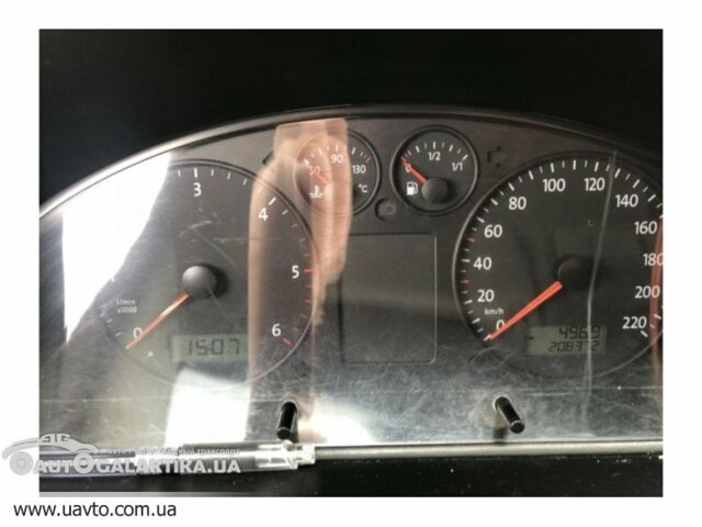 Серый Фольксваген Т5 (Транспортер), объемом двигателя 2.5 л и пробегом 223 тыс. км за 10517 $, фото 1 на Automoto.ua
