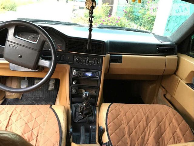 Серый Вольво 760, объемом двигателя 2.5 л и пробегом 300 тыс. км за 3700 $, фото 1 на Automoto.ua