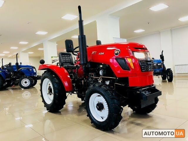 Красный Хингтаи 224, объемом двигателя 17 л и пробегом 0 тыс. км за 4500 $, фото 1 на Automoto.ua