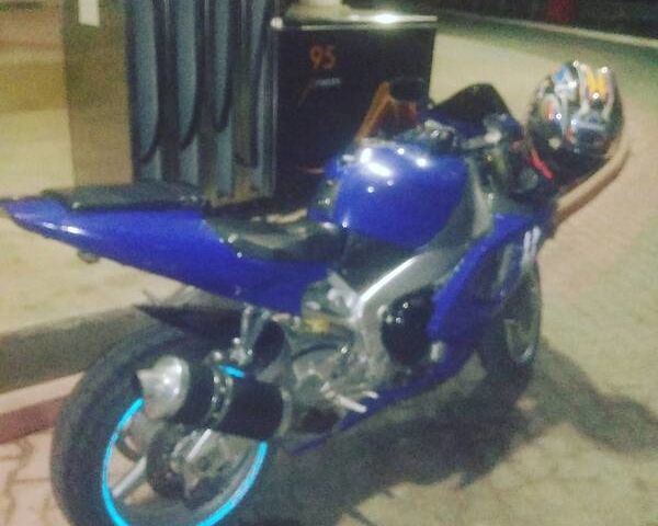Синий Ямаха Р1, объемом двигателя 1 л и пробегом 37 тыс. км за 3200 $, фото 1 на Automoto.ua