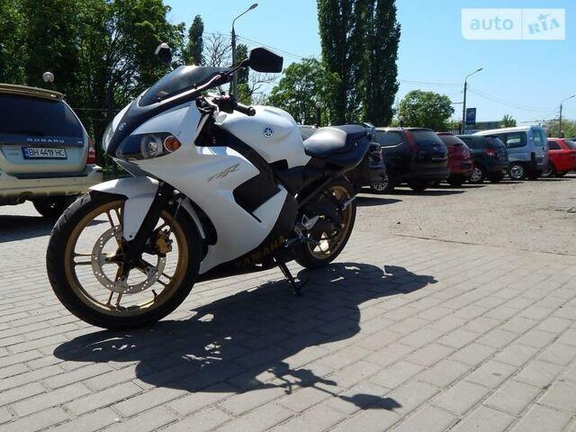 Белый Ямаха ТЗР, объемом двигателя 0.05 л и пробегом 6 тыс. км за 1499 $, фото 1 на Automoto.ua