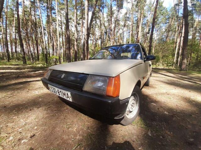 Бежевый ЗАЗ 1102 Таврия, объемом двигателя 1.1 л и пробегом 2 тыс. км за 900 $, фото 1 на Automoto.ua