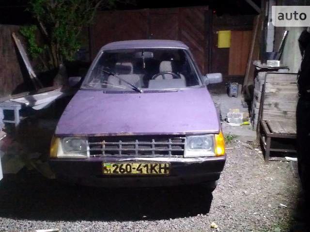 Фиолетовый ЗАЗ 1102 Таврия, объемом двигателя 1.1 л и пробегом 100 тыс. км за 610 $, фото 1 на Automoto.ua