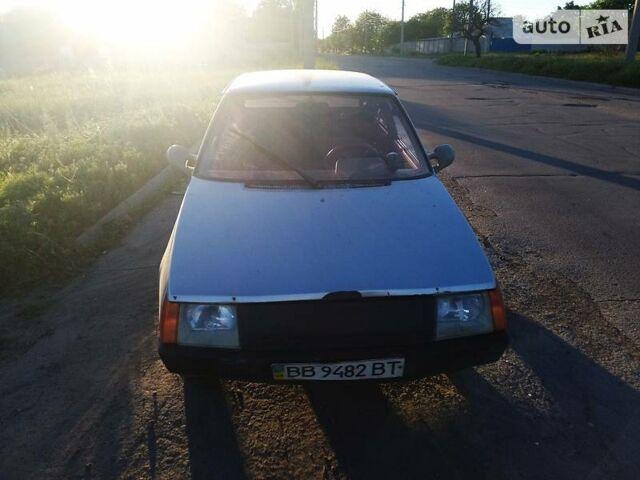 Серебряный ЗАЗ 1102 Таврия, объемом двигателя 1.1 л и пробегом 262 тыс. км за 750 $, фото 1 на Automoto.ua
