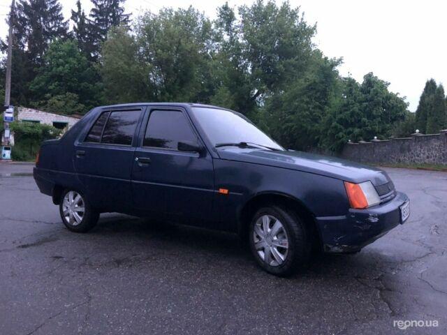 Синий ЗАЗ 1103 Славута, объемом двигателя 1.2 л и пробегом 80 тыс. км за 1300 $, фото 1 на Automoto.ua