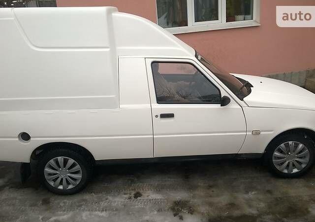 Белый ЗАЗ 1105 Дана, объемом двигателя 1.3 л и пробегом 138 тыс. км за 1800 $, фото 1 на Automoto.ua