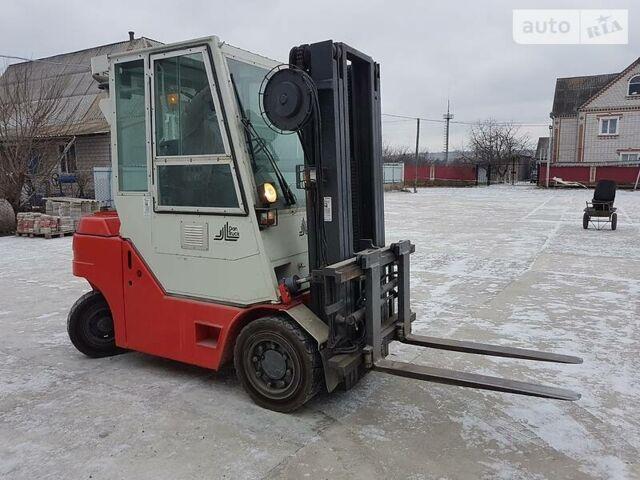 Красный Dantruck 3508, объемом двигателя 4 л и пробегом 7 тыс. км за 12899 $, фото 1 на Automoto.ua