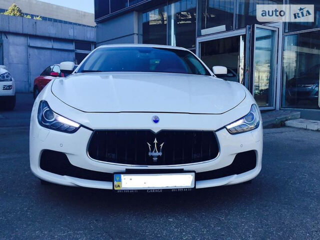 Новый автомобиль Мазерати Гибли от 77002$ на AutoMoto.ua