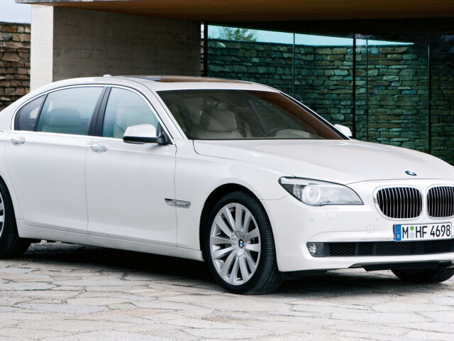 BMW 760 null