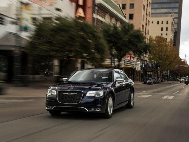 Купить новый автомобиль Chrysler 300 2021 на автобазаре AutoMoto.ua