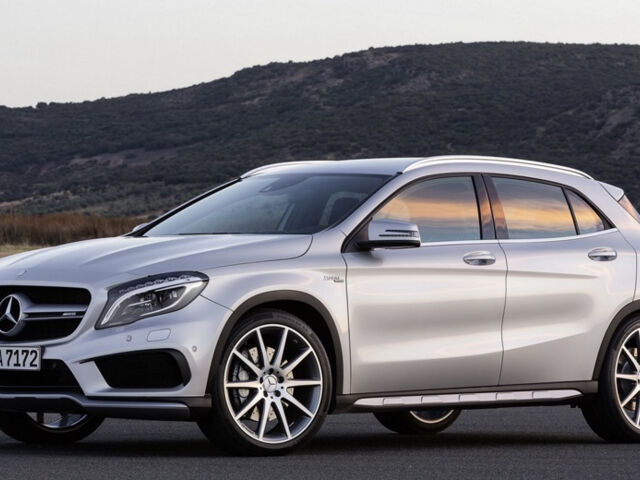 Mercedes-Benz GLA 45 AMG 2016