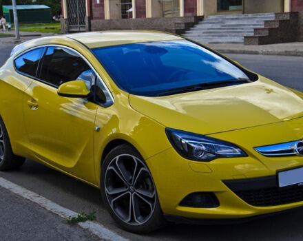 Opel Astra GTC null