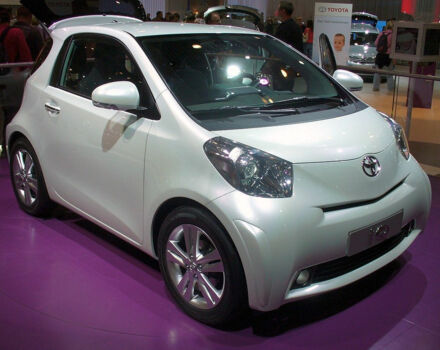Toyota IQ null