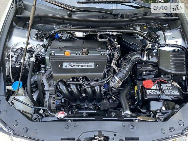 Серый Хонда Аккорд, объемом двигателя 2.4 л и пробегом 170 тыс. км за 11200 $, фото 18 на Automoto.ua