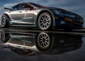 Гоночный автомобиль Tesla Model S P100D разгоняется до «сотни» за 2 секунды