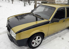 Золотий Опель Аскона, объемом двигателя 1.8 л и пробегом 63 тыс. км за 2500 $, фото 1