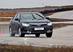 Не указан Тойота Камри, объемом двигателя 2.5 л и пробегом 0 тыс. км за 35491 $, фото 1