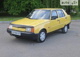 Желтый ЗАЗ 1103 Славута, объемом двигателя 1.2 л и пробегом 140 тыс. км за 1750 $, фото 1