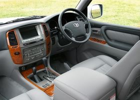 Toyota Land Cruiser 100 null