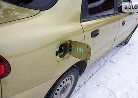 Золотой Дэу Ланос, объемом двигателя 1.5 л и пробегом 79 тыс. км за 5000 $, фото 1