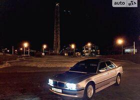 Серебряный БМВ 7 Серия, объемом двигателя 4.4 л и пробегом 284 тыс. км за 8500 $, фото 1