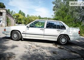 Белый Вольво 960, объемом двигателя 2 л и пробегом 320 тыс. км за 3700 $, фото 1