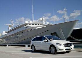 Mercedes-Benz R-Class null