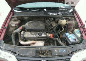 Вишневий Фольксваген Гольф, объемом двигателя 1.6 л и пробегом 1 тыс. км за 1299 $, фото 13