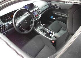 Білий Хонда Аккорд, объемом двигателя 2.4 л и пробегом 60 тыс. км за 25500 $, фото 29
