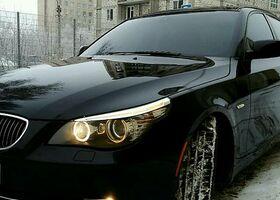 Чорний БМВ 5 Серія, объемом двигателя 3 л и пробегом 123 тыс. км за 12800 $, фото 1