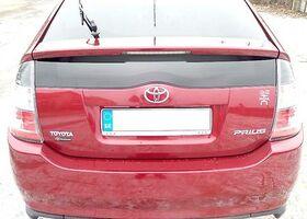 Вишнёвый Тойота Приус, объемом двигателя 1.5 л и пробегом 3 тыс. км за 7500 $, фото 1