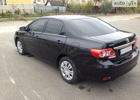Чорний Тойота Королла, объемом двигателя 14 л и пробегом 40 тыс. км за 15500 $, фото 4